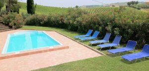 Foto 10 piscina e Monti Sibillini-1600x763